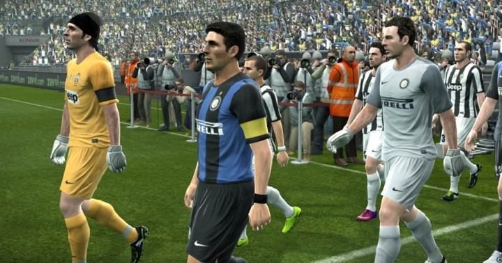 choosing captains in pes 2013