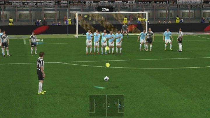 Near Free Kick in PES 2014